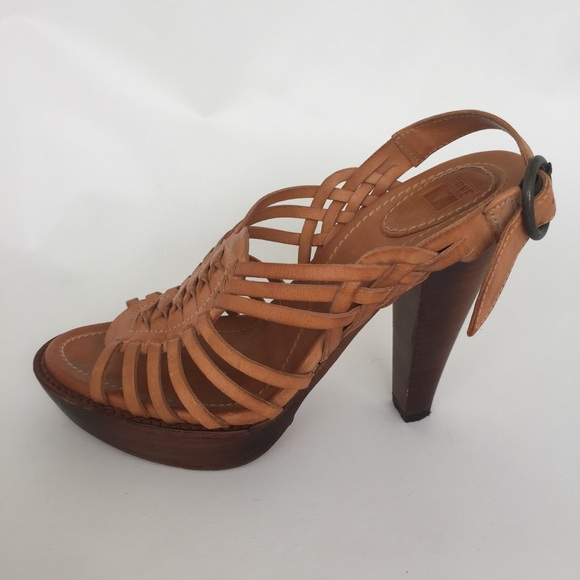 a8e8ea3f2a9b9 Frye Shoes - Frye Huarache Sandals Natural Tan Size 8